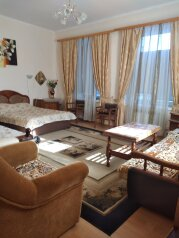 Комната в частном доме, улица Толстого, 9 на 2 комнаты - Фотография 1