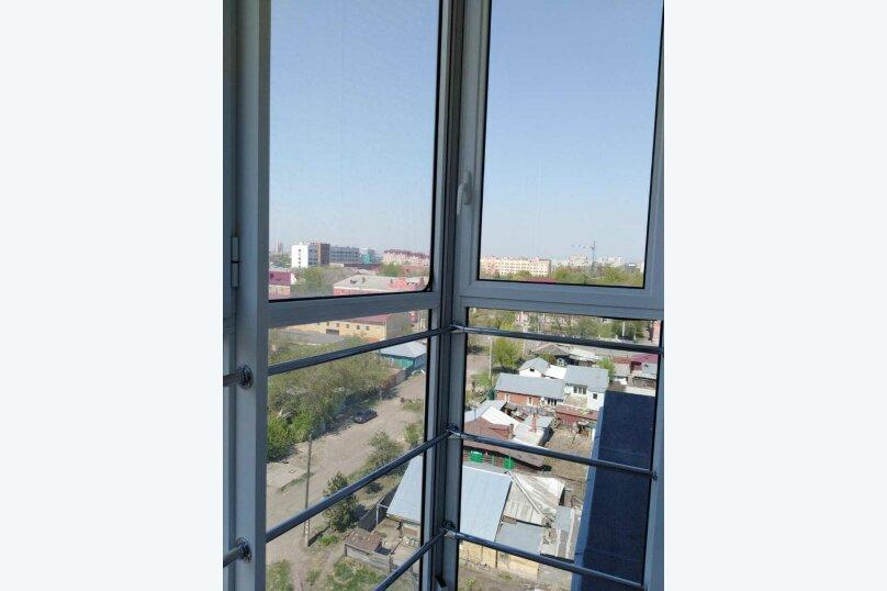 1-комн. квартира, 50 кв.м. на 4 человека, улица Масленникова, 25, Омск - Фотография 10