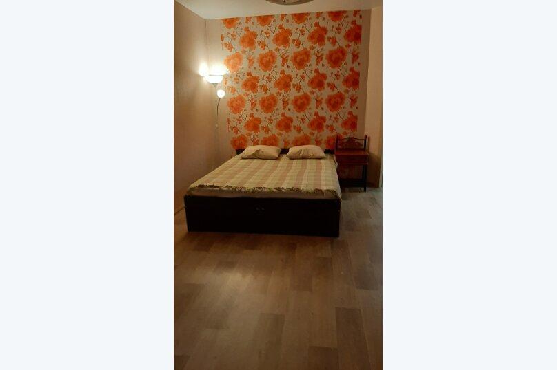 1-комн. квартира, 50 кв.м. на 6 человек, улица Туполева, 4к1, Омск - Фотография 4