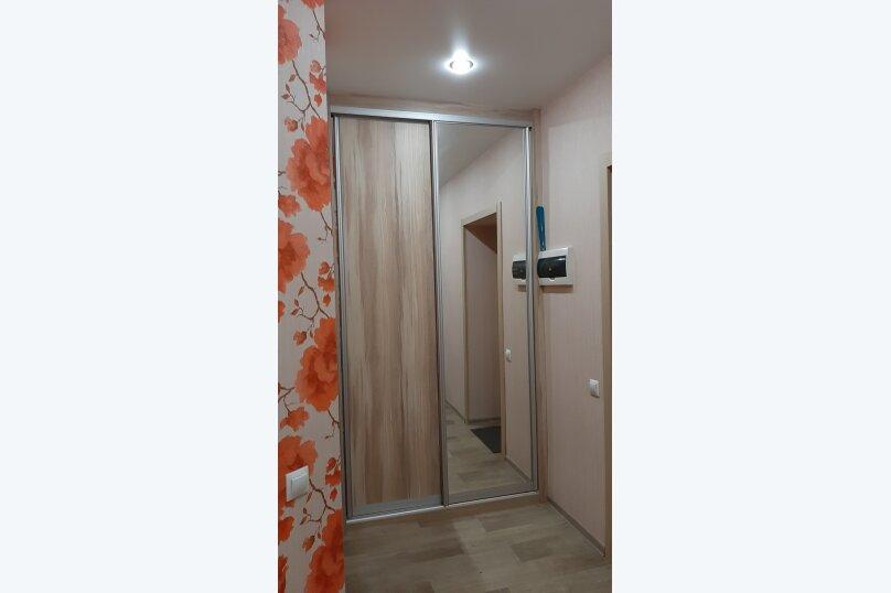 1-комн. квартира, 50 кв.м. на 6 человек, улица Туполева, 4к1, Омск - Фотография 9