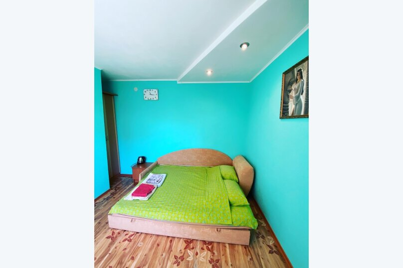 Двухместный номер с 1 кроватью и собственной ванной комнатой и кондиционером, Одесский переулок, 3, Феодосия - Фотография 1