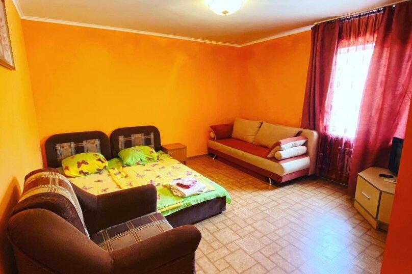 Семейный номер с ванной комнатой и кондиционером, Одесский переулок, 3, Феодосия - Фотография 4