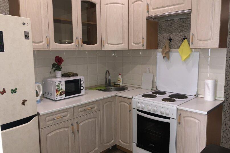2-комн. квартира, 45 кв.м. на 6 человек, Красная улица, 176лит1, Краснодар - Фотография 19