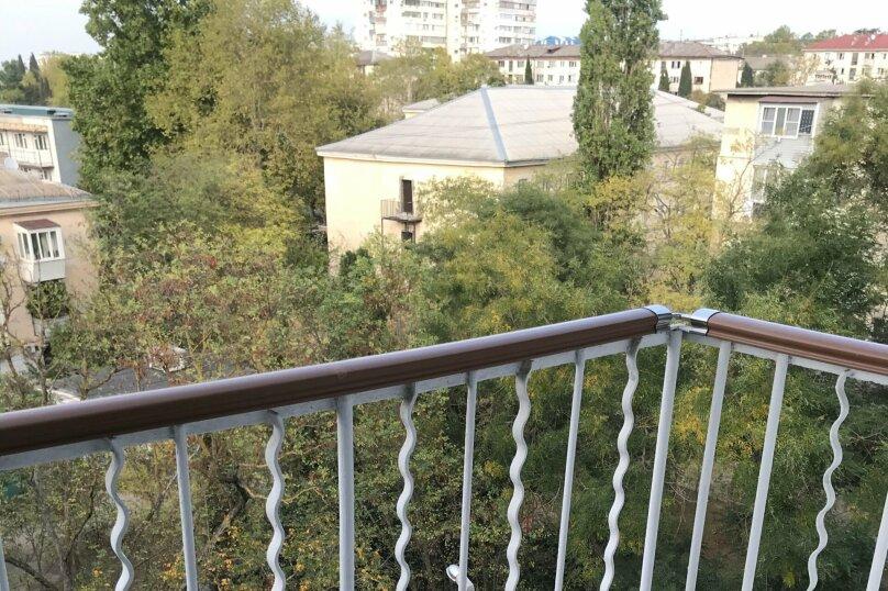 2-комн. квартира, 45 кв.м. на 5 человек, проспект Юрия Гагарина, 36, Севастополь - Фотография 16