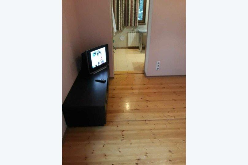 1-комн. квартира, 35 кв.м. на 2 человека, улица Карла Маркса, 13, Ялта - Фотография 1