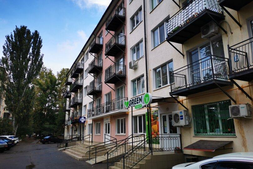 1-комн. квартира, 38 кв.м. на 4 человека, улица Льва Толстого, 58, Керчь - Фотография 2