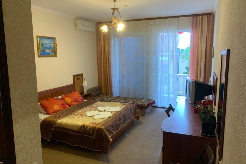 Номер с балконом, 2 этаж, Княгини Гагариной, 25/361 А, Утес - Фотография 1