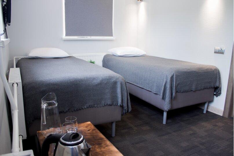 Улучшенный двухместный номер с одной кроватью, Садовая улица, 28-30к55, Санкт-Петербург - Фотография 1