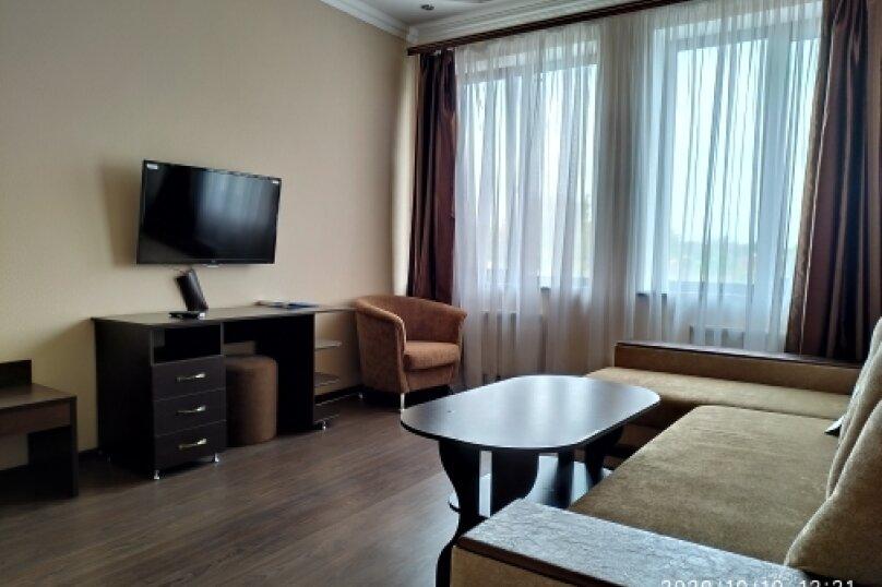 """Отель """"Ялос"""", улица 51-й Армии, 105Б на 9 номеров - Фотография 46"""