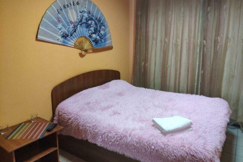 Стандартный двухместный номер с 1 кроватью и душем, проспект Просвещения, 27, Санкт-Петербург - Фотография 1
