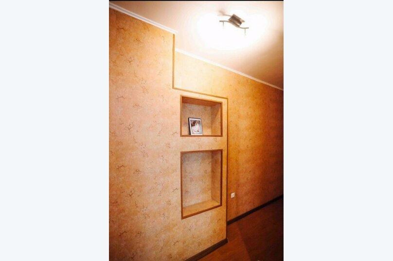 1-комн. квартира, 44 кв.м. на 3 человека, улица Василия Гольцова, 3, Тюмень - Фотография 9