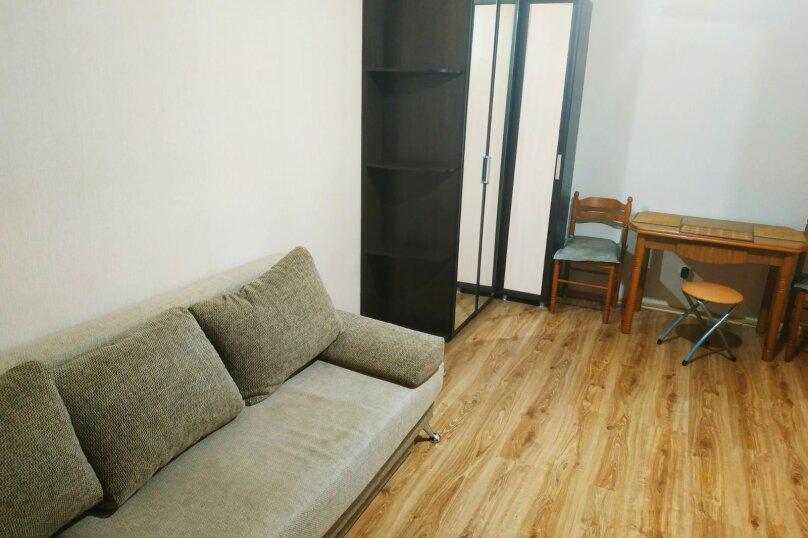2-комн. квартира, 50 кв.м. на 4 человека, улица Николая Гондатти, 5, Тюмень - Фотография 6