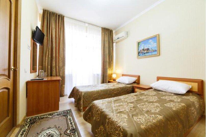Двухместный номер с 2 односпальными кроватями, переулок Чкалова, 1А, Адлер - Фотография 1