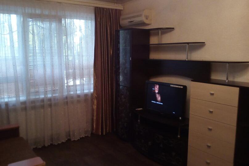 1-комн. квартира, 30 кв.м. на 3 человека, улица Орджоникидзе, 49/4, Керчь - Фотография 3
