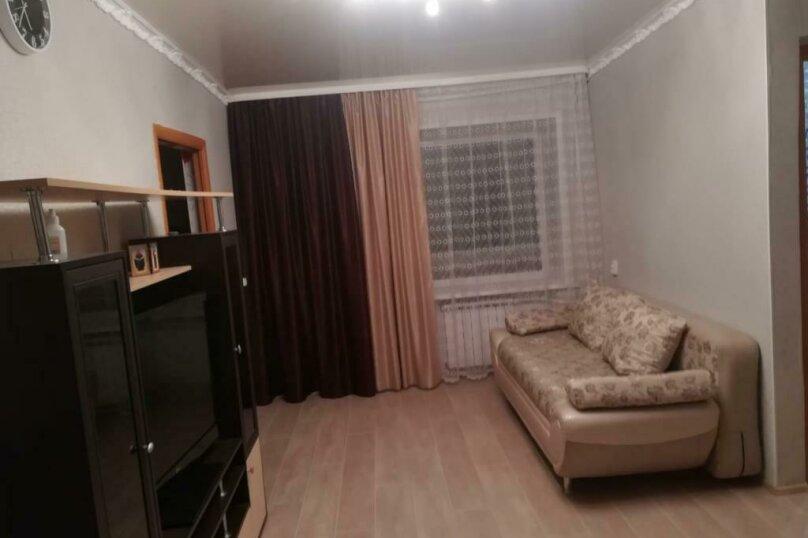 3-комн. квартира, 50 кв.м. на 8 человек, улица Дзержинского, 14, Шерегеш - Фотография 1