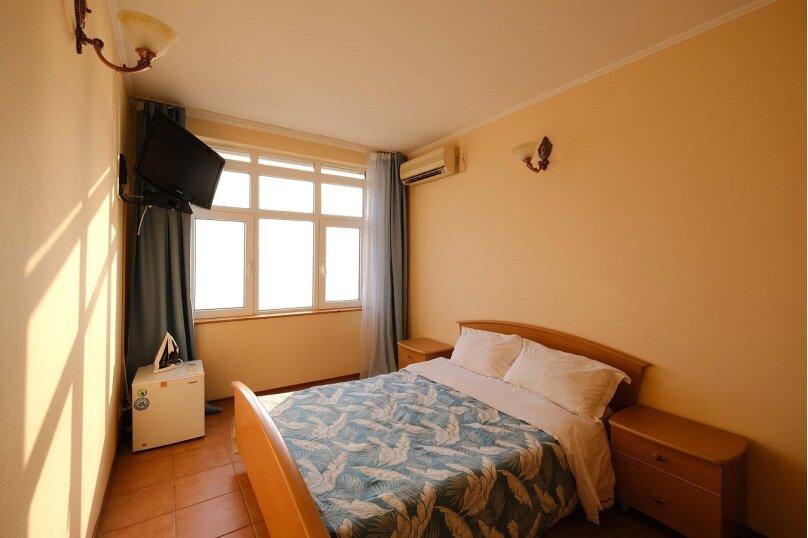 Двухместный номер с 1 двуспальной кроватью и видом на море, Азовская улица, 7, эллинг 25-28, Лоо - Фотография 1