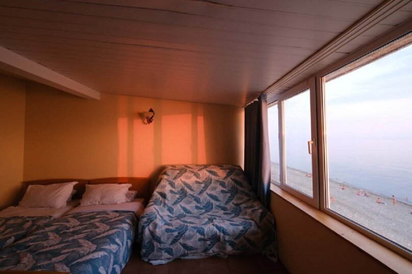 """Эллинг """"Море за окном"""" Азовская 7, Азовская улица, 7 на 20 номеров - Фотография 32"""