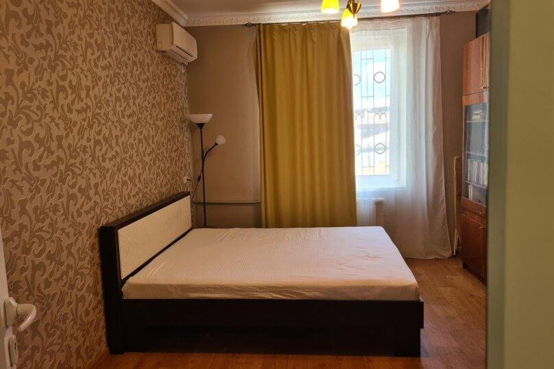 2-комн. квартира, 49 кв.м. на 4 человека, улица Ленина, 29, Керчь - Фотография 20