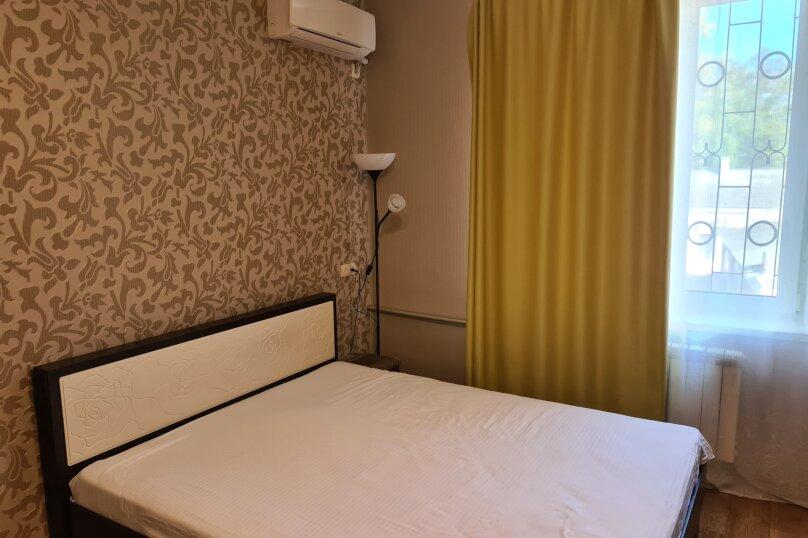 2-комн. квартира, 49 кв.м. на 4 человека, улица Ленина, 29, Керчь - Фотография 21