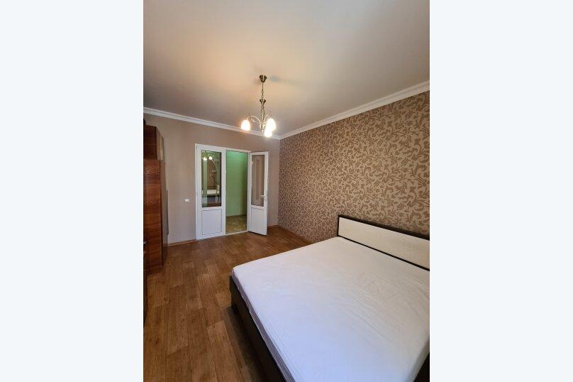 2-комн. квартира, 49 кв.м. на 4 человека, улица Ленина, 29, Керчь - Фотография 23