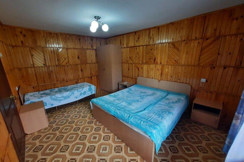 2-х комнатный пятиместный с кондиционером, Каламицкая, 7а, Заозерное - Фотография 1