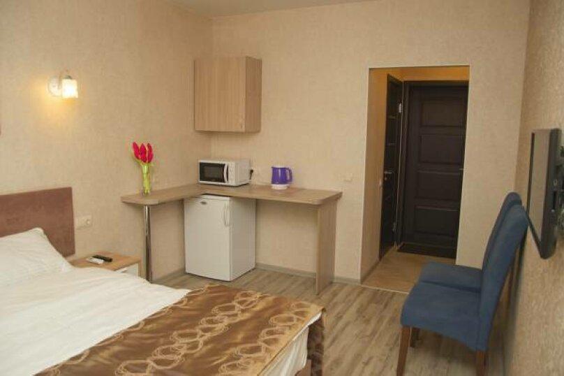 Номер Комфорт с большой кроватью или раздельными кроватями, Исполкомская улица, 4-6, Санкт-Петербург - Фотография 1