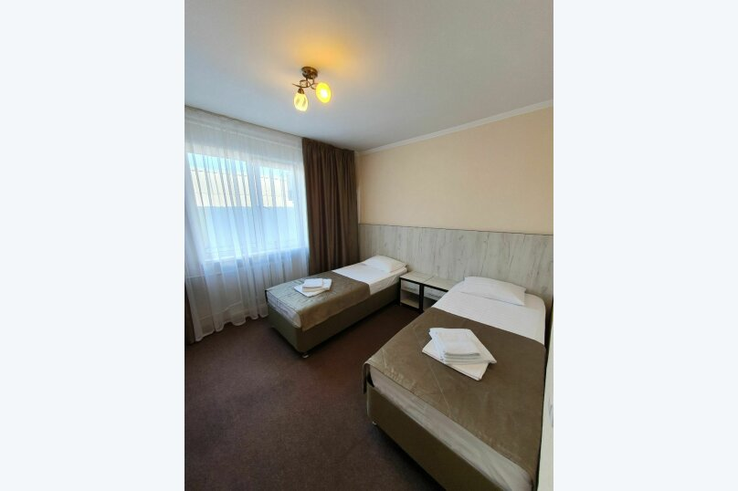 Гостевой дом  «Каприз», Крымская улица, 65 на 40 комнат - Фотография 23