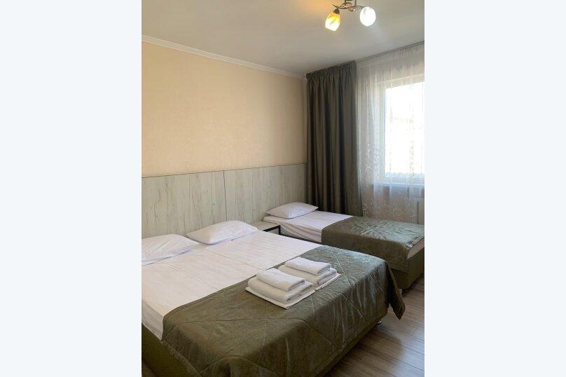 Гостевой дом  «Каприз», Крымская улица, 65 на 40 комнат - Фотография 17