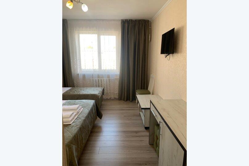 Гостевой дом  «Каприз», Крымская улица, 65 на 40 комнат - Фотография 18