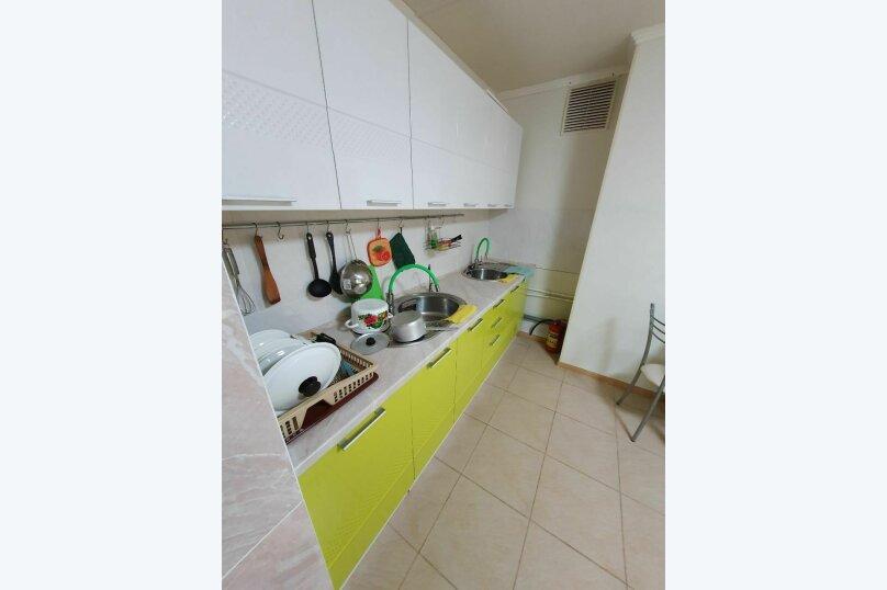 Гостевой дом  «Каприз», Крымская улица, 65 на 40 комнат - Фотография 3