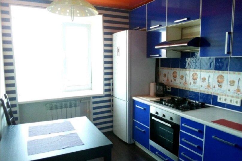 2-комн. квартира, 55 кв.м. на 8 человек, Пархинская улица, 1, Рыбинск - Фотография 11