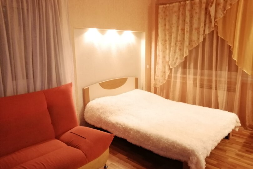 1-комн. квартира, 33 кв.м. на 4 человека, Крестовая улица, 128, Рыбинск - Фотография 1