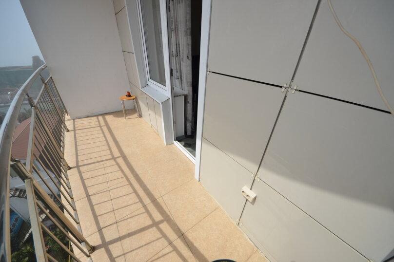 3-комн. квартира, 105 кв.м. на 8 человек, улица Просвещения, 84, Адлер - Фотография 12