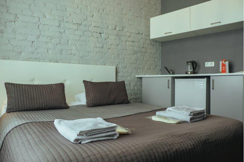Двухместный номер «Комфорт» с 1 кроватью и мини-кухней , Литейный проспект, 61, Санкт-Петербург - Фотография 3