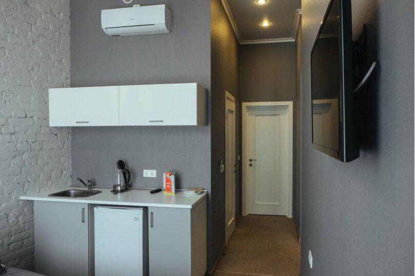 Двухместный номер «Комфорт» с 1 кроватью и мини-кухней , Литейный проспект, 61, Санкт-Петербург - Фотография 5
