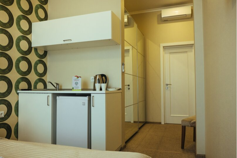 Двухместный номер «Комфорт» с 1 кроватью и мини-кухней , Литейный проспект, 61, Санкт-Петербург - Фотография 10