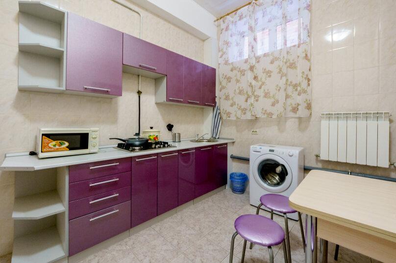 3-комн. квартира, 100 кв.м. на 6 человек, переулок Денисова, 15, Ростов-на-Дону - Фотография 3