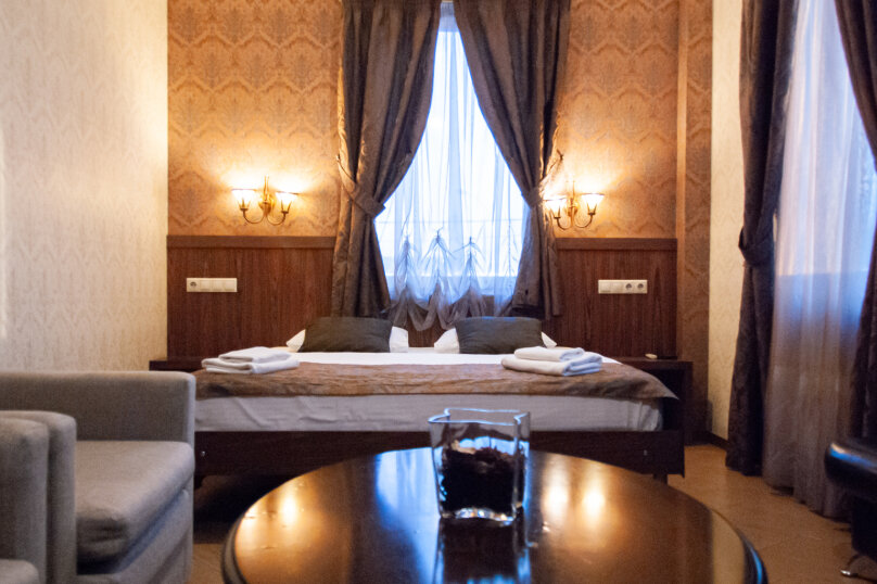 """Арт-отель """"Бродвей"""", улица Генерала Белобородова, 34 на 10 номеров - Фотография 1"""