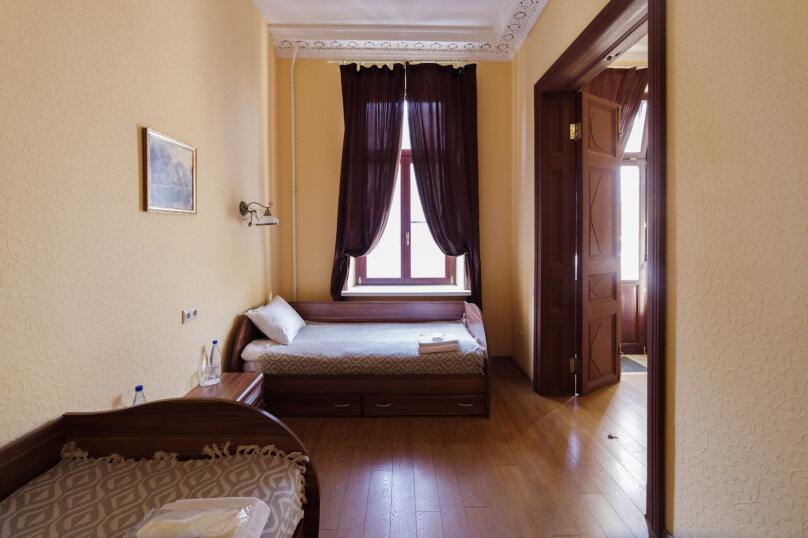 """Гостиница """"Guest rooms Inn 6 line"""", 6-я линия Васильевского острова, 27 на 12 номеров - Фотография 10"""