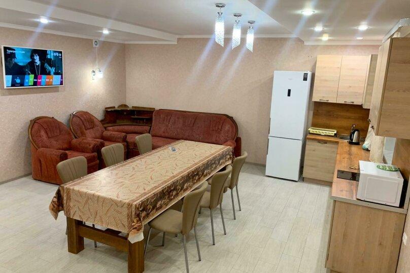 Дом, 400 кв.м. на 27 человек, 7 спален, Центральная, 22, деревня Зеленая Поляна - Фотография 10