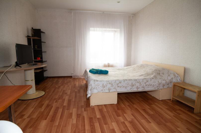 №6 Улучшенный семейный номер с 1 кроватью, поселок Гидроузел, с30, Руза - Фотография 1