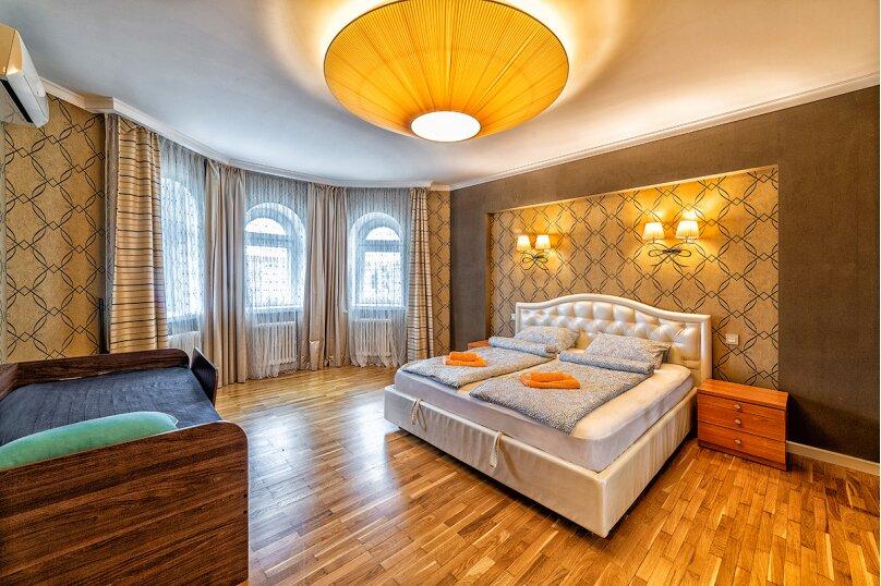 3-комн. квартира, 120 кв.м. на 6 человек, Лево-Булачная улица, 16, Казань - Фотография 2