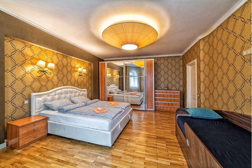3-комн. квартира, 120 кв.м. на 6 человек, Лево-Булачная улица, 16, Казань - Фотография 3