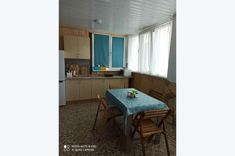 """Гостевой дом """"Лето"""", улица Зои Космодемьянской, 5А на 9 комнат - Фотография 13"""