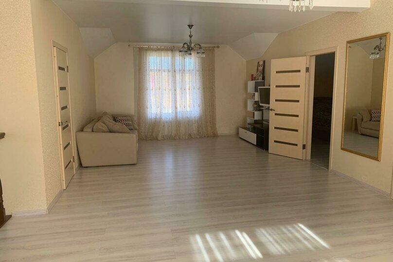 Дом для отпуска Alexandr SKI House, 240 кв.м. на 12 человек, 4 спальни, улица Тагира Кусимова, 1, деревня Зеленая Поляна - Фотография 14