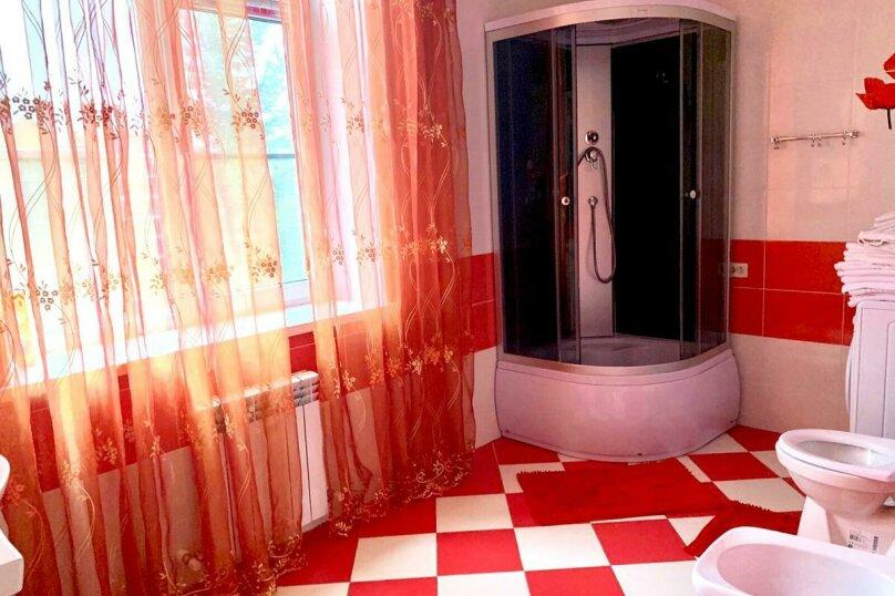 Дом для отпуска Alexandr SKI House, 240 кв.м. на 12 человек, 4 спальни, улица Тагира Кусимова, 1, деревня Зеленая Поляна - Фотография 15