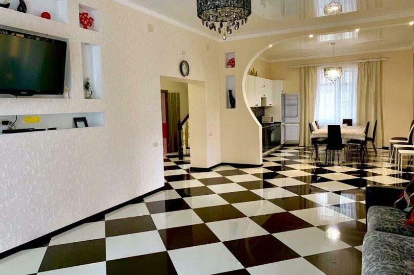 Дом для отпуска Alexandr SKI House, 240 кв.м. на 12 человек, 4 спальни, улица Тагира Кусимова, 1, деревня Зеленая Поляна - Фотография 17