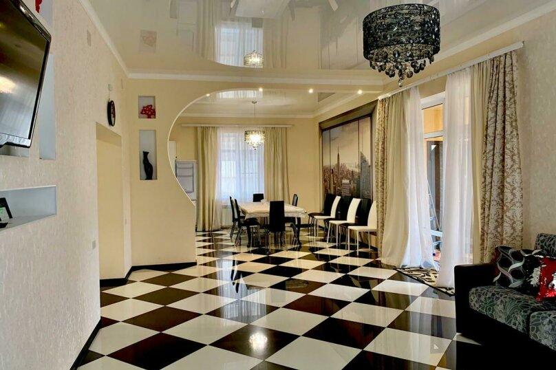 Дом для отпуска Alexandr SKI House, 240 кв.м. на 12 человек, 4 спальни, улица Тагира Кусимова, 1, деревня Зеленая Поляна - Фотография 18