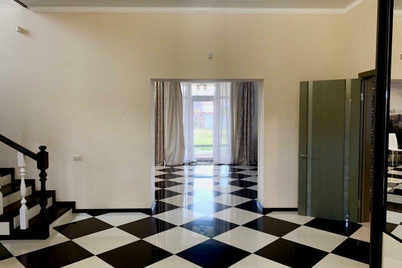 Дом для отпуска Alexandr SKI House, 240 кв.м. на 12 человек, 4 спальни, улица Тагира Кусимова, 1, деревня Зеленая Поляна - Фотография 19
