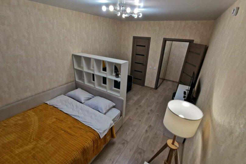 1-комн. квартира, 38.6 кв.м. на 4 человека, Оснабрюкская улица, 12, Тверь - Фотография 1